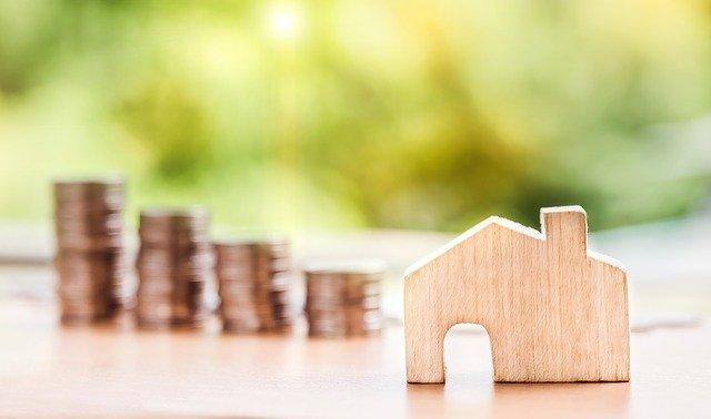 Domek i pieniądze